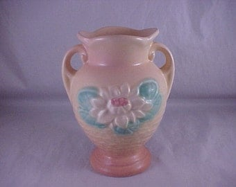 Hull Art Pottery Water Lily Vase L-1 5 1/2