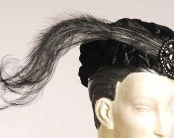 Original Teens Era 1914/1919  Black Velvet Shirred Beret  Side Feather - Item # 861, Hats