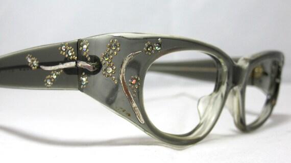 Frame Ups Eyeglasses : Vintage Cat Eye EyeGlasses Frames. Pin Up Style. Gray with
