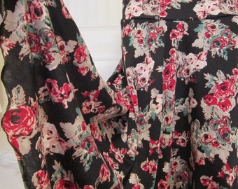 """Ladies' Long Retro Red and Black Floral Print Stretch Jersey Knit Maxi skirt for Church, Work, Travel or Leisure, M/L, 36 """" long."""