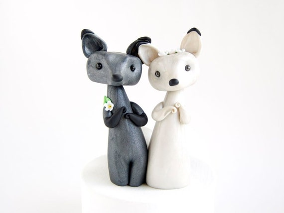 Fox Wedding Cake Topper - Winter Wedding Cake Topper by Bonjour Poupette