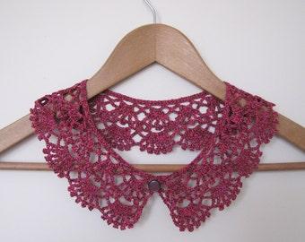 CHERRY Lace Crochet Collar, Crochet Necklace, Peter Pan Collar, Lace Neckpiece, Vintage Style Collar, Retro Collar, Burgundy Red, Berry