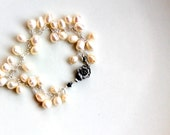 wedding pearl bracelet / sterling silver minimalist chain bracelet / flower clasp / white peal fantasy wedding jewelry gift