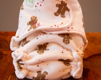 Sale - Newborn Organic Fitted Diaper Snapless - Holiday Chistmas Gingerbread Men