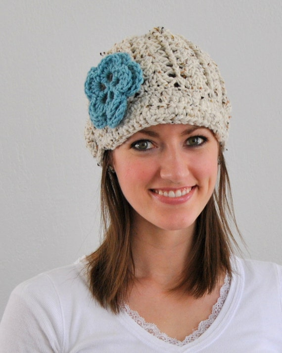 Cream Fleck Textured Newsboy Crochet Hat with Icy Blue Flower