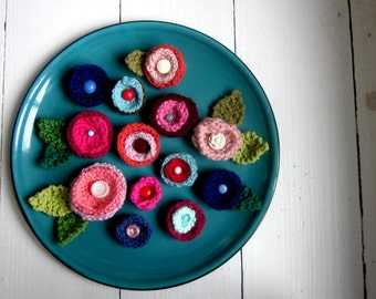 KNITTING PATTERN, flowers and leaves, embellishments, knitted flowers