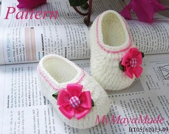 Crochet Pattern - Pink Flower Baby Girl Booties PDF Pattern - BT05162013-09 - Instant Download