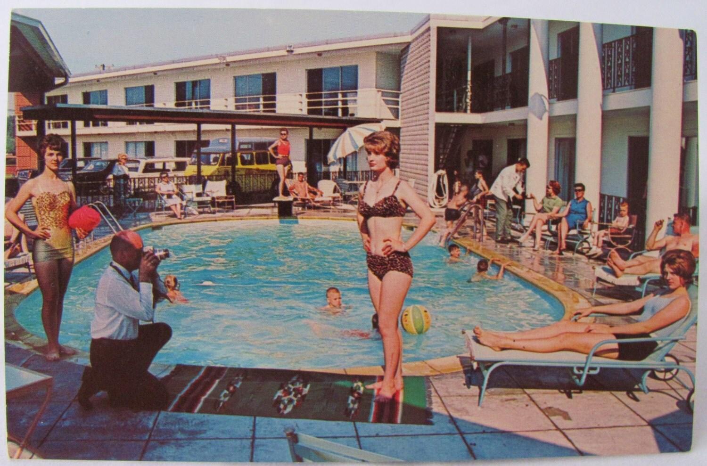 Iowa bikini girls
