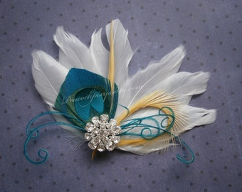 Bridal Peacock Facinator, Feather Hair PIece, Wedding Hair Accessory, peacock feather hair clip, Turquoise Peacock feather - WHITE OASIS