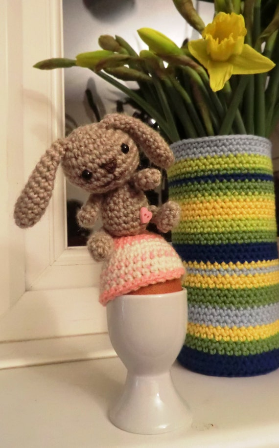 Amigurumi Bunny Egg : Amigurumi PDF pattern bunny egg warmer simple crochet pattern