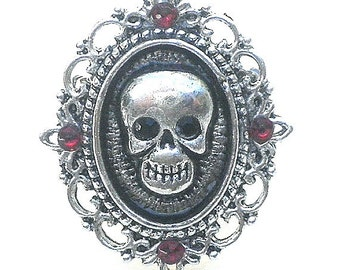 CLEARANCE SALE, Goth Skull Ring