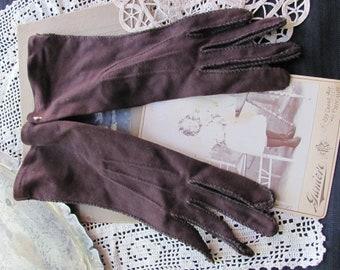 Vintage Brown Ladies Wrist Gloves - 10 Inches Long - Unused