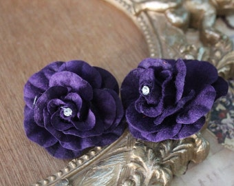 Purple color  flower with rhinestone 2 piece listing
