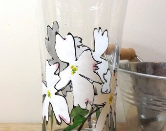 Dogwood in Bloom Water Glass