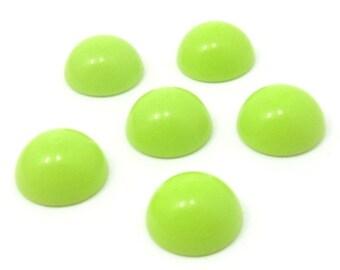 50 pcs. round Lt. Green color cabochons flatback 16mm