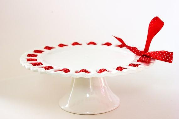 White Ceramic Cake Stand With Ribbon