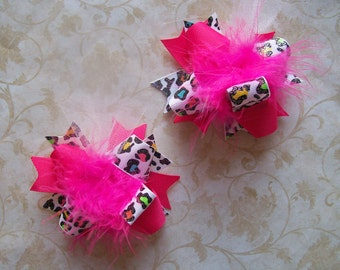 M2M Mud Pie Wild Child---Hair Bows Set of 2---Mini Funky Fun Over the Top Bows----Multi Colored Leopard and Hot Pink