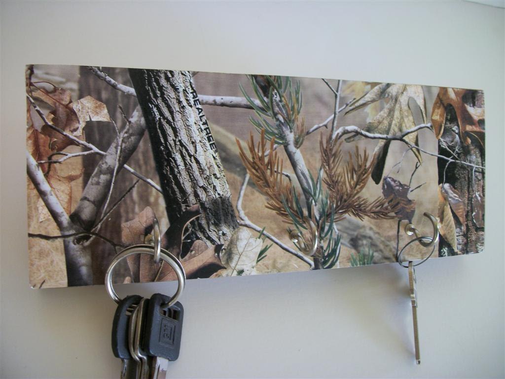 Camouflaged Key Rack Camo Hunting Decor Real Tree Man Fathers