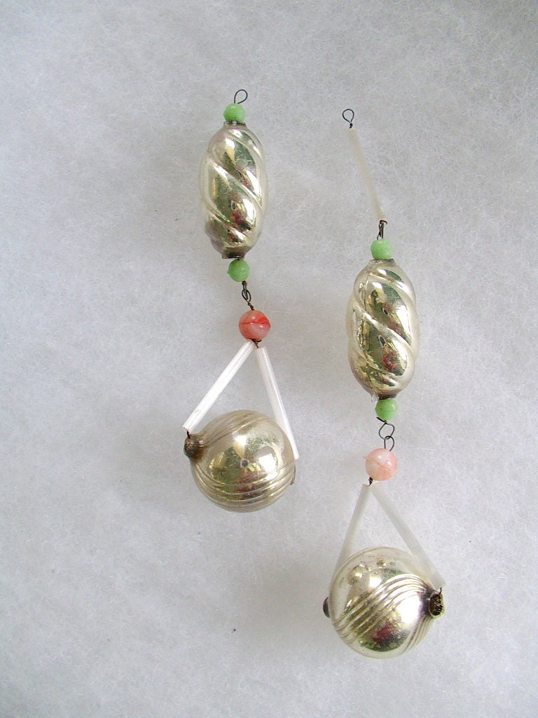 Antique czech mercury glass christmas ornaments lot of 2 Vintage glass christmas tree ornaments