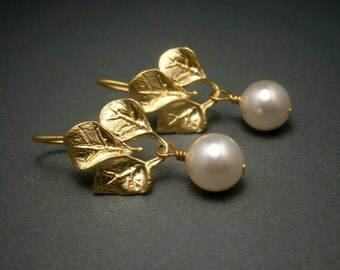 Pearl Earrings In Matte Gold With Round White Swarovski Crystal Pearls