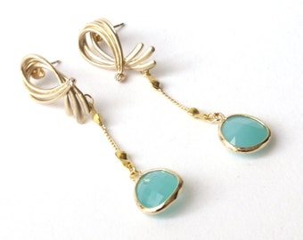 Earrings Gold plated hooks with turquoise crystal,  wedding, bridesmaid, christmas, cij, turquoise earrings