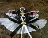 University of Georgia Bulldogs white wedding garter set any size color or style.
