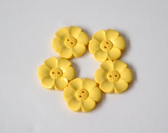 SALE Lot of 5 Flower Buttons - 40mm-  Yellow