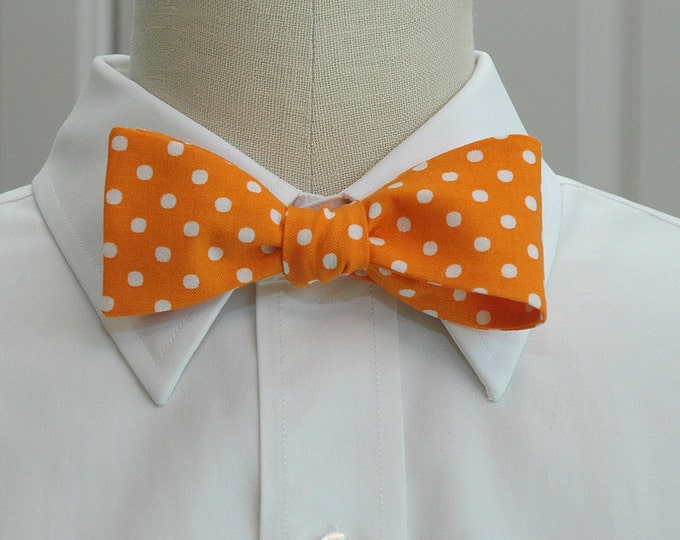 Men's Bow Tie, orange with white polka dots bow tie, tangerine bow tie, orange white bow tie, wedding bow tie, groom bow tie, groomsmen gift