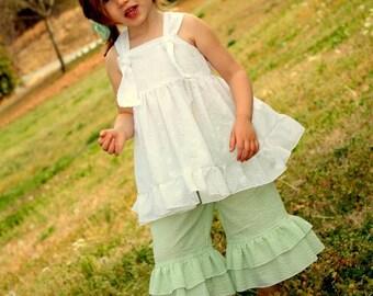 Girls Outfit, Girls Summer Outfit,  Girls Shirt, White Shirt, Girls Ruffle Pants, Seersucker Pants, Spring outfit, Toddler, Ruffle Capris