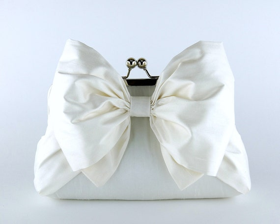 Silk Bow Clutch in Ivory or White, Wedding clutch, Wedding bag, Bridal clutch, Wedding purse, Bridesmaid clutch