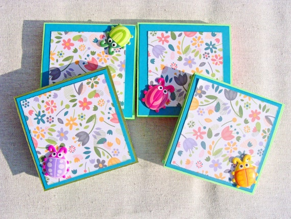 Floral Post-it Note Holder with Colorful Bugs Notepad Sticky Noteholder