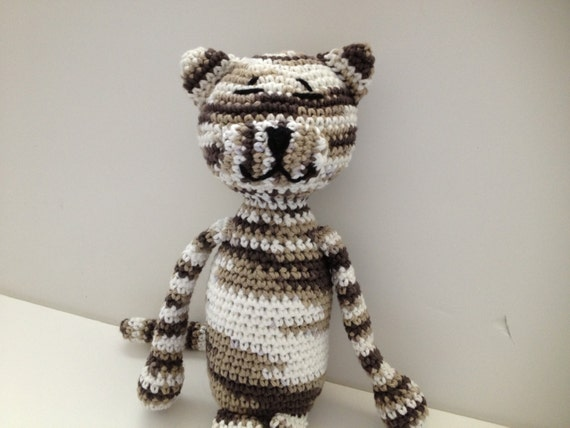 Crochet Cat Brown Striped Tabby Amigurumi
