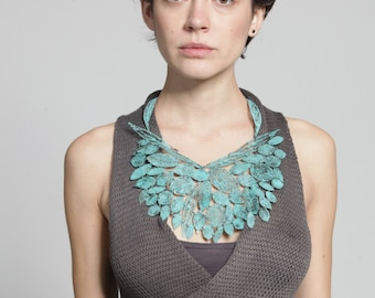 green necklace, leaf necklace,bib statement necklace, woodland jewelry,nature jewelry