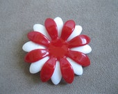Red and White Daisy Brooch -1960s Flower Plastic Pin - Bride Bouquet