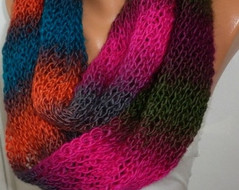 Rainbow Knit Ombre Infinity Scarf  Chunky Scarf Circle Scarf Loop Scarf  Cowl Scarf Gift Ideas For Her  Multicolor Women Fashion Accessories