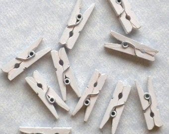 """White Mini Clothespins - 100 - 1"""" or 2.5 cm - Wooden - Great for Wedding Favors and Decorations"""