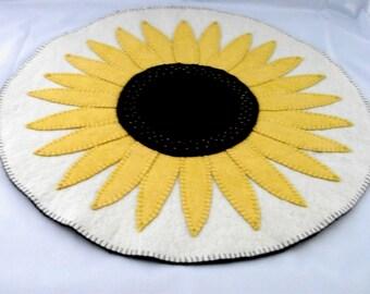 Sunflower Penny Rug