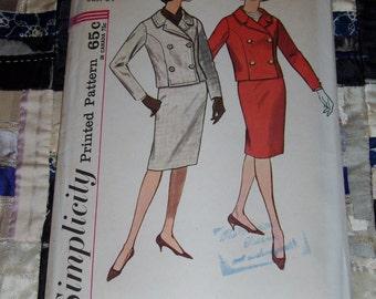 "Vintage 1960s Simplicity Suit Skirt and Jacket Pattern 4649 Sz 14, Bust 34"", Waist 26"", Hip 36"""