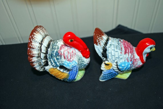 Vintage colorful turkey salt and pepper by stapestreasuretrove Colorful salt and pepper shakers