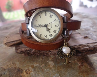 WATCH, PEARL & brown LEATHER wrap clock (530)