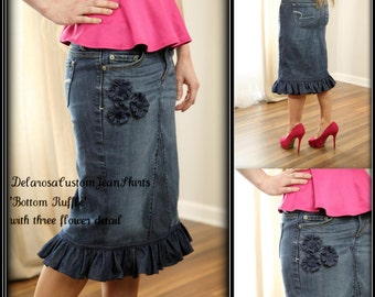 DELAROSA Bottom Ruffle Jean Skirt modest with three flower detail size 0 2 4 6 8 10 12 14