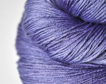 Withering bluebell - Merino/Silk Fingering Yarn Superwash