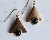 Geometric Triangle Earrings ... Art Deco Black Jet Gold Vintage Cleopatra Egyptian