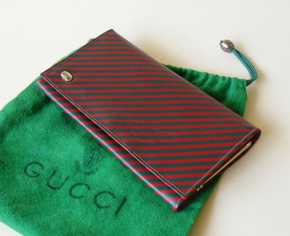 Gucci Green & Red Diagonal Stripe Anniversary Collection Clutch Wallet Made in Italy