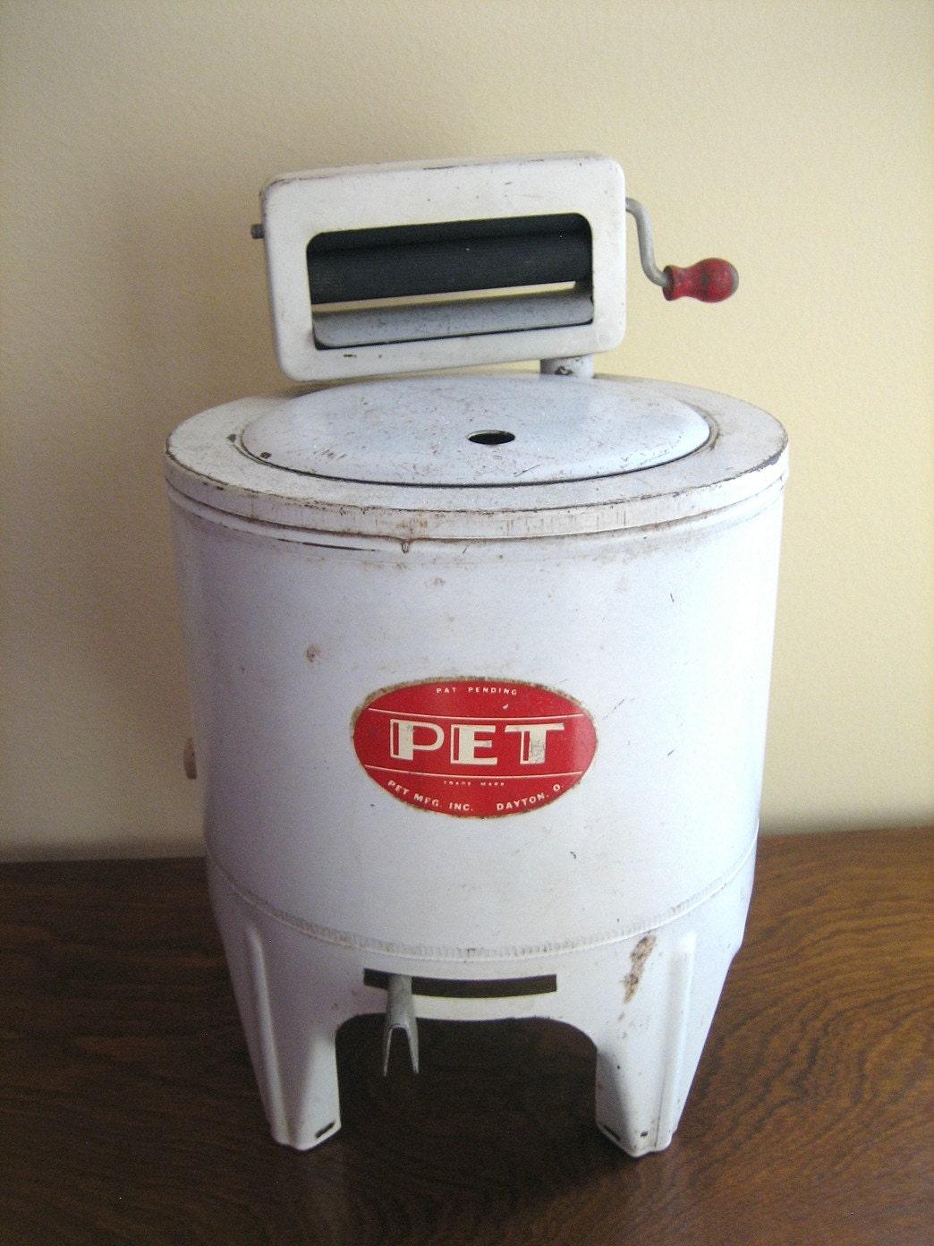 antique vintage toy wringer washing machine pet mfg inc. Black Bedroom Furniture Sets. Home Design Ideas