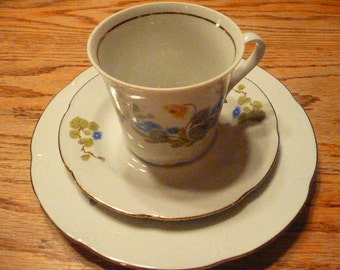 One JL Menau set of Cup Saucer and Salad Plate Made in German Democratic Republic