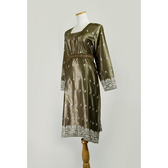 70s Embroidered Hippie Dress / 1970s Olive Green Satin Tunic Dress / Medium to Large