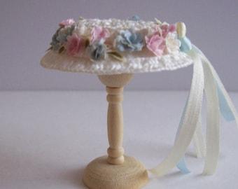 Handmade 1/12 miniature dollhouse ivory straw hat and bag