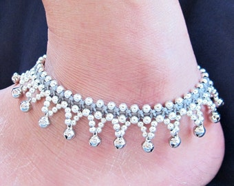 Little Cascade Mini Bell Silver Coloured Bead Gray Anklet