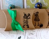 Wizard of Oz Pillow Boxes  -  Set of 10  - You choose ribbon color